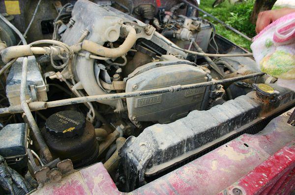 這輛四驅車可架著一顆Yamaha原厰製造的S3-GTE引擎(原Toyota Celica的跑車引擎)。