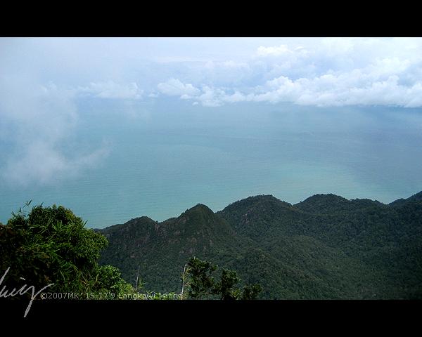 位于海拔 710 Meter,有山有海有云——