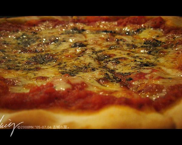 這個椰子屋出名的柴燒比薩,果然真的好好風味!